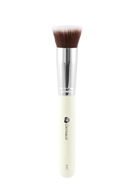D51 Cosmetic Brush Flat Top with case