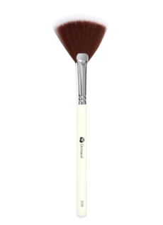 D59 Cosmetic Brush Fan Brush with case